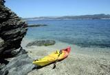 Planche à voile, surf, paddle, jet… en pratique de loisirs ou sportive, La Méditerranée vous attend.