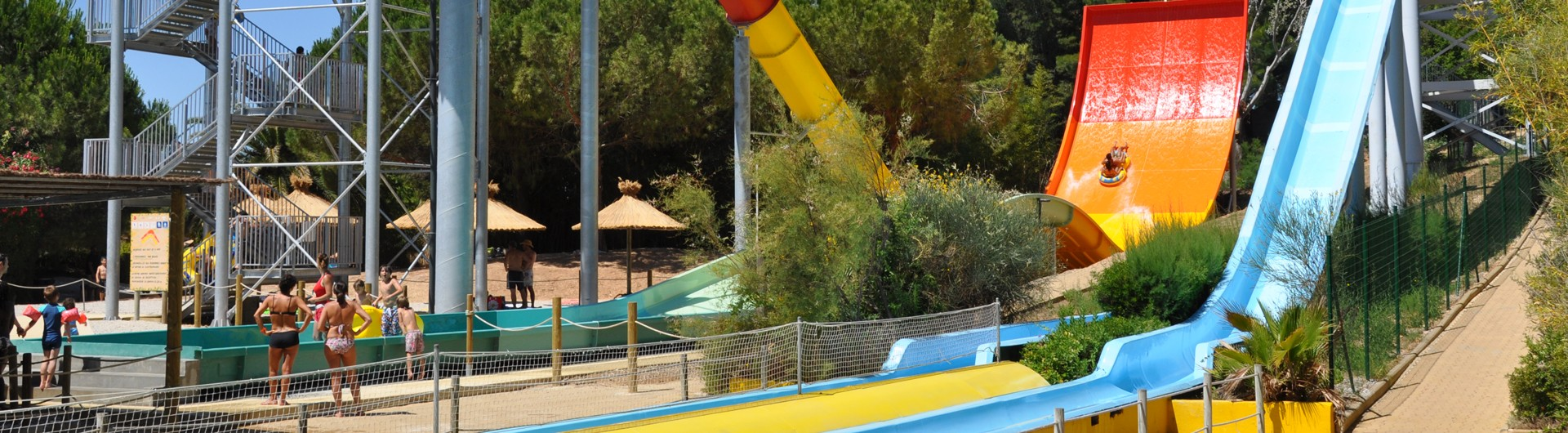 parc attraction six fours