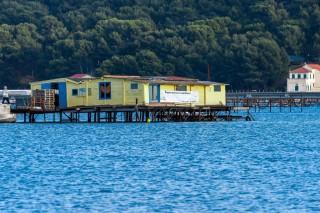 Aquaculture en baie du Lazaret