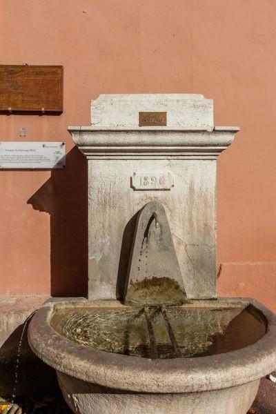 Fontaine du Faubourg