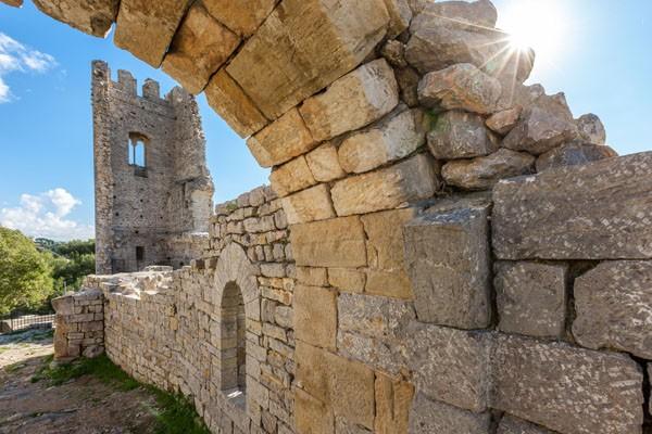 Les vestiges du Chateau Féodal