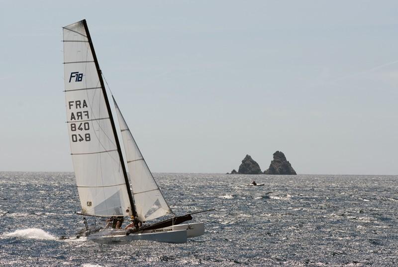 Voilier aux deux frères fête des pères activités nautiques