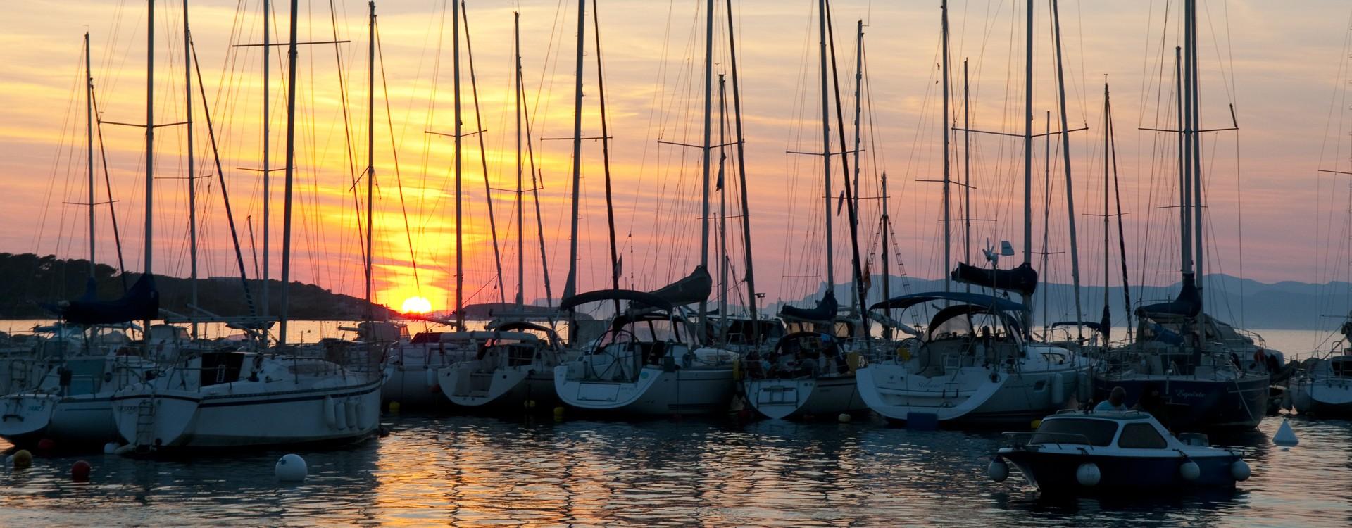 Coucher de soleil port du Brusc