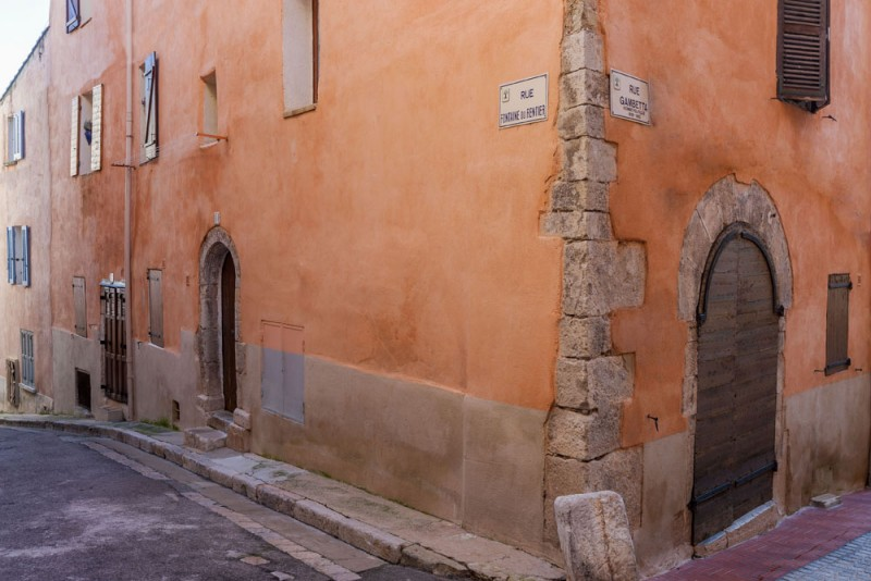 Ollioules historic center guided tour