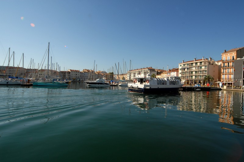 port-de-la-seyne-arrivee-en-bateau-494