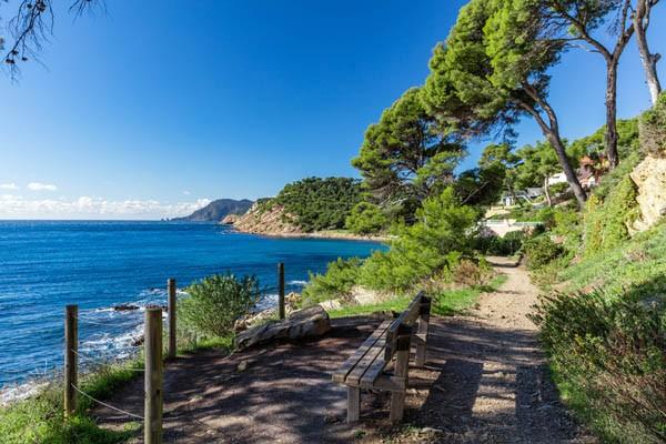 Sentier du Littoral Saint Mandrier sur mer promenade randonnée méditerranée saint mandrier sur mer