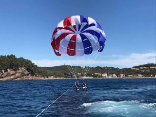 Parachute ascensionnel avec Sports Nautiques des Sablettes