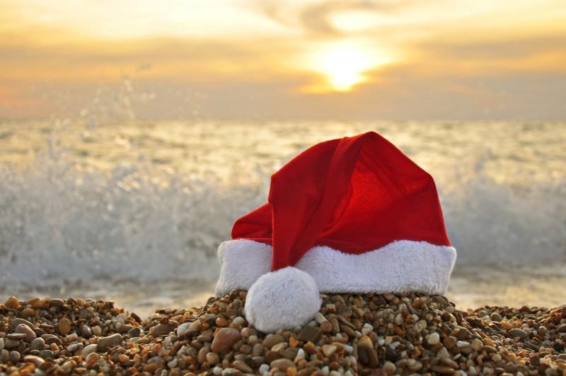 Bonnet de Noël Plage Sablettes promo bons plans réductions hotel vacances provence var