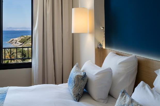 Cet été venez sur l' île paradisiaque des Embiez sejour hotel 4 etoiles vue mer
